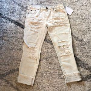NWT One Teaspoon Distressed Boyfriend Jeans